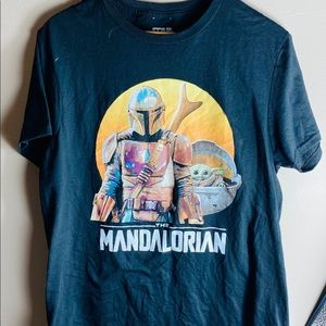 Star Wars The Mandalorian Tshirt medium